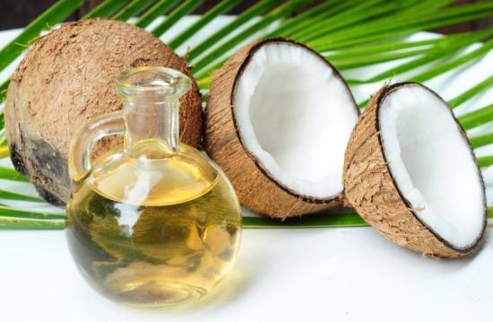 Comment l'huile de coco peut vous aider à perdre du poids!